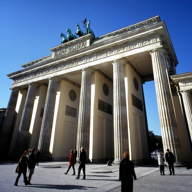 image shows the Brandenberg Gate in Berlin